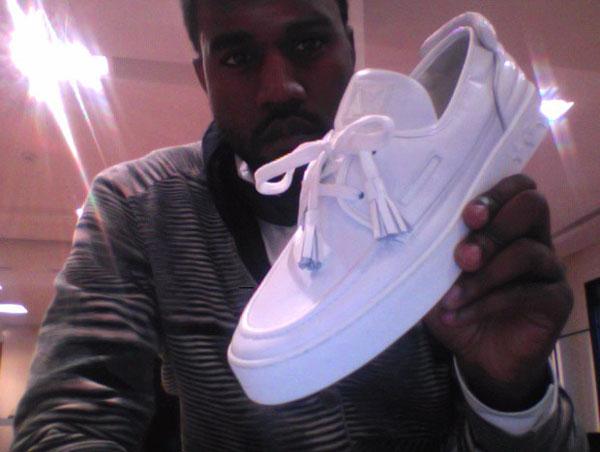 kanye-west-louis-vuitton-shoe-2